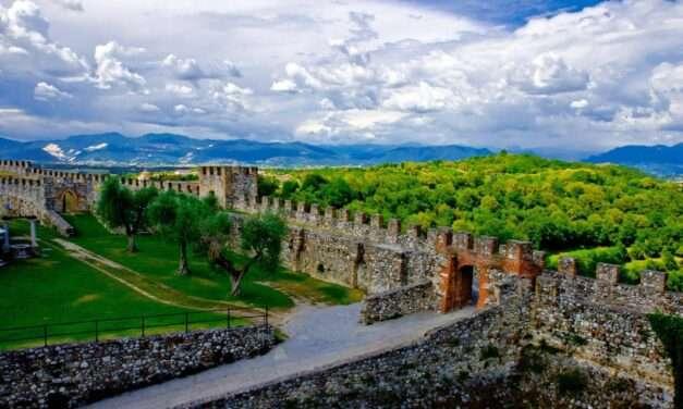 Riapre la Rocca di Lonato del Garda, per una rilassante giornata all'aperto, fra natura e storia