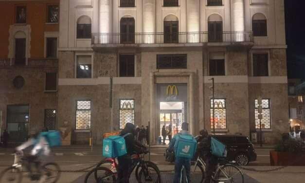 Apre McDonald's chiude l'Italia
